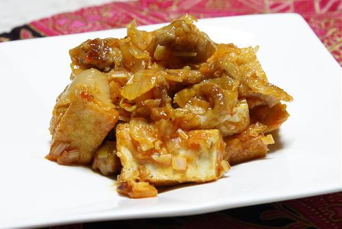今日のキムチ料理レシピ:豚肉と厚揚げのねぎキムチ炒め