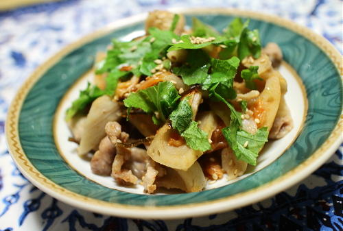 今日のキムチ料理レシピ:豚レンコンキムチ蒸し