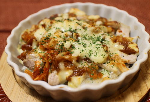 今日のキムチ料理レシピ:豚肉と里芋のキムチ味噌チーズ焼き
