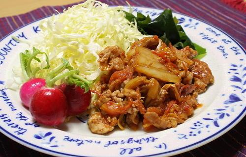 今日のキムチ料理レシピ:豚肉とトマトの生姜キムチ炒め