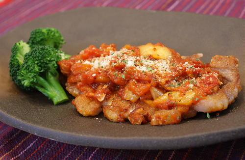 今日のキムチ料理レシピ:豚肉のトマトキムチソース