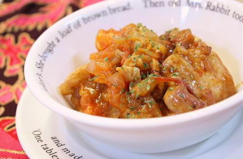 今日のキムチ料理レシピ:豚ばら肉のキムチトマト煮