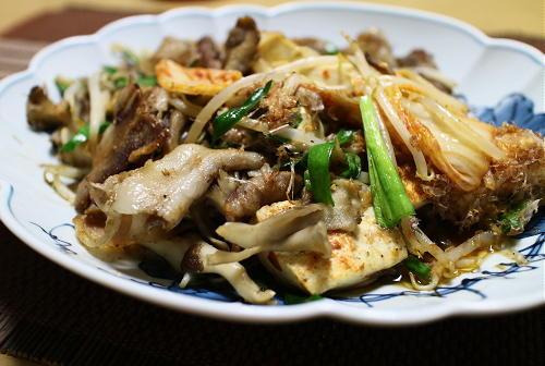 今日のキムチ料理レシピ:豚バラと豆腐とまいたけのキムチ炒め