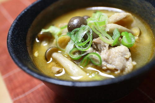 今日のキムチ料理レシピ:豚キムチ汁