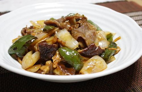 今日のキムチ料理レシピ:豚肉とキムチの甘酢炒め