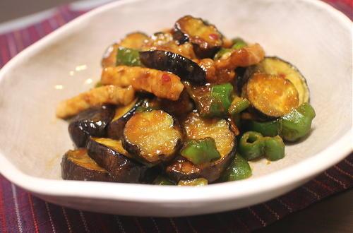 今日のキムチ料理レシピ:豚ロースと茄子のピリ辛味噌炒め