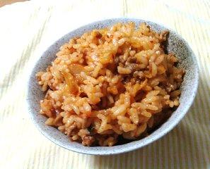 今日のキムチ料理レシピ:まろやか豚キムチ混ぜご飯