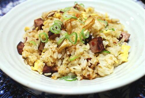 今日のキムチレシピ:焼豚キムチチャーハン