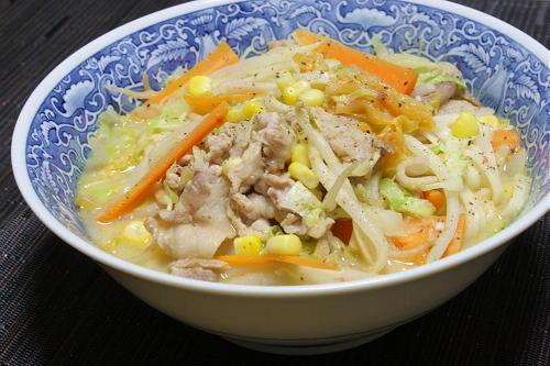 今日のキムチ料理レシピ:ちゃんぽん風豆乳キムチうどん