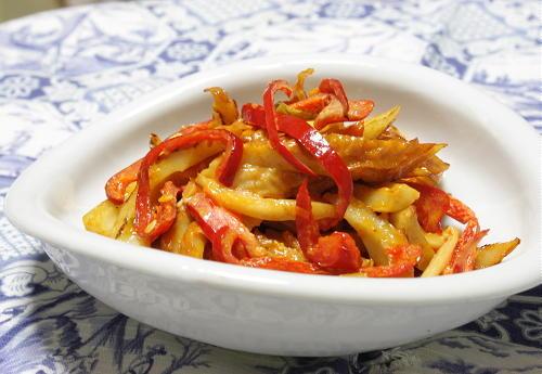今日のキムチ料理レシピ:ちくわとキムチのマヨ醤油炒め