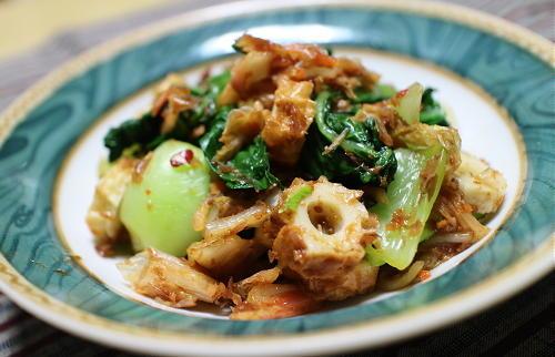 今日のキムチ料理レシピ:青梗菜とちくわのキムチおかかあえ
