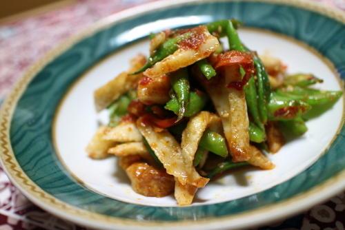 今日のキムチレシピ:ちくわといんげんのキムチ胡麻炒め