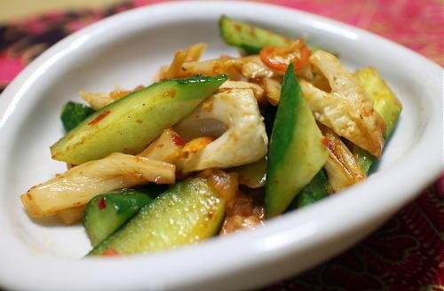 今日のキムチレシピ:ちくわと胡瓜のキムチ炒め