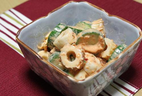 今日のキムチ料理レシピ:ちくわと胡瓜のピリ辛マヨ和え