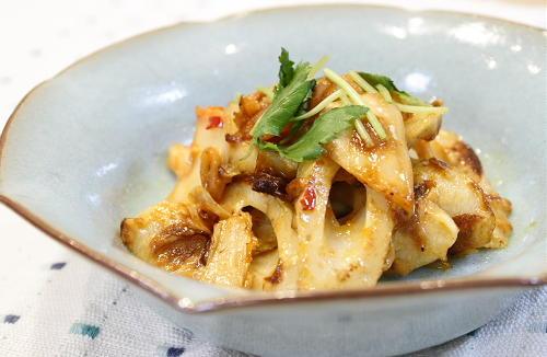 今日のキムチ料理レシピ:ちくわとキムチのマヨポン炒め