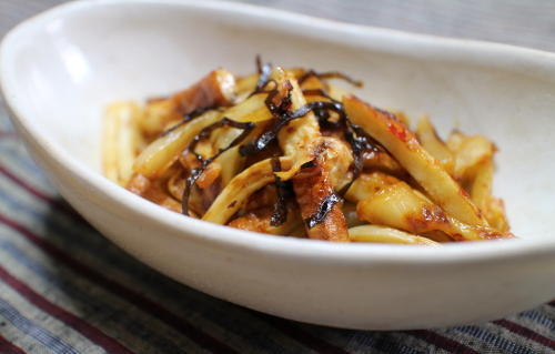 今日のキムチレシピ:ちくわとキムチの塩昆布炒め