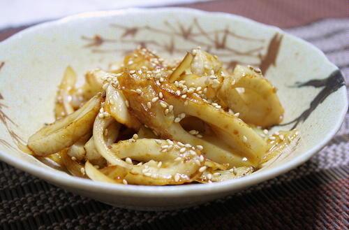 今日のキムチ料理レシピ:ちくわとキムチの甘辛炒め