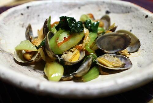 今日のキムチレシピ:あさりと小松菜のキムチ炒め