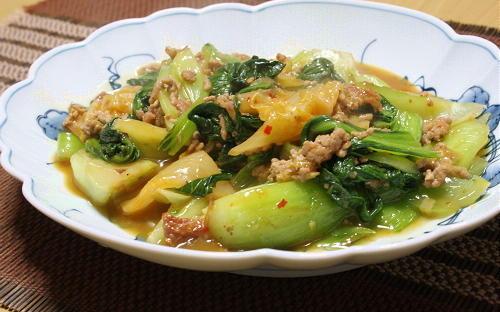 今日のキムチ料理レシピ:青梗菜とキムチのひき肉炒め