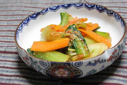 青梗菜と人参のピリ辛和えレシピ