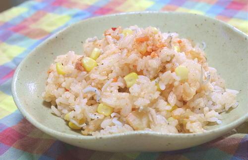 今日のキムチ料理レシピ:コーンキムチご飯
