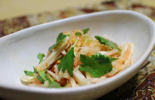今日のキムチ料理レシピ:大根とちくわのピリ辛和え