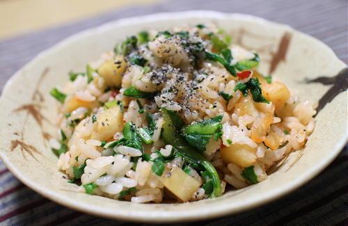 今日のキムチレシピ:カブの葉と大根キムチの混ぜご飯