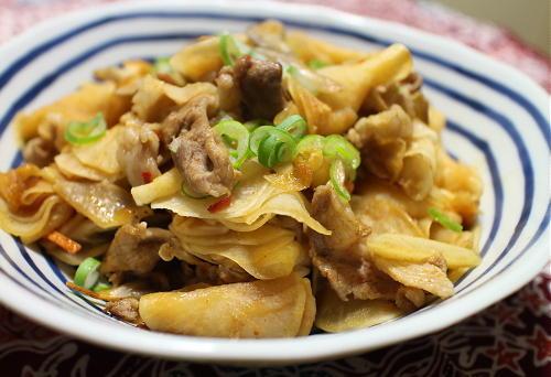 今日のキムチ料理レシピ:大根と豚肉のピリ辛マヨ炒め