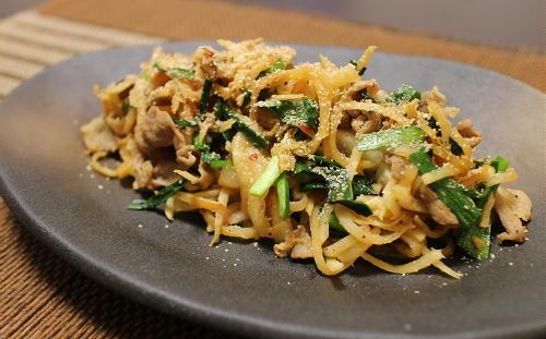 今日のキムチ料理レシピ:細切り大根と豚肉のキムチ炒め