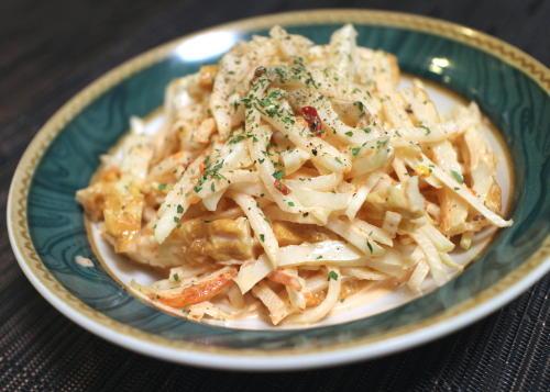 今日のキムチ料理レシピ:ちくわと大根のキムチマヨ和え