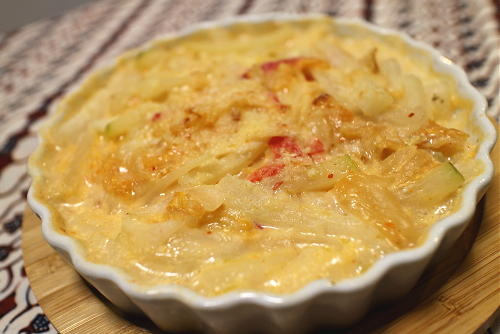 今日のキムチ料理レシピ:大根とキムチのグラタン