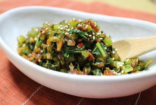 今日のキムチ料理レシピ:大根の葉のピリ辛炒め