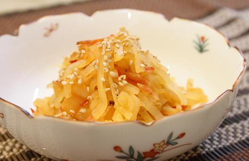 今日のキムチ料理レシピ:大根とキムチのきんぴら