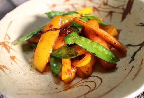 きぬさやとパプリカの大根キムチ炒めレシピ