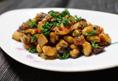 今日のキムチ料理レシピ:大豆と椎茸の大根キムチマヨ炒め
