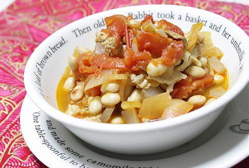 今日のキムチ料理レシピ:大豆とキムチのトマト煮