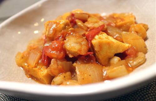 今日のキムチ料理レシピ:厚揚げと海老のピリ辛ケチャップ炒め