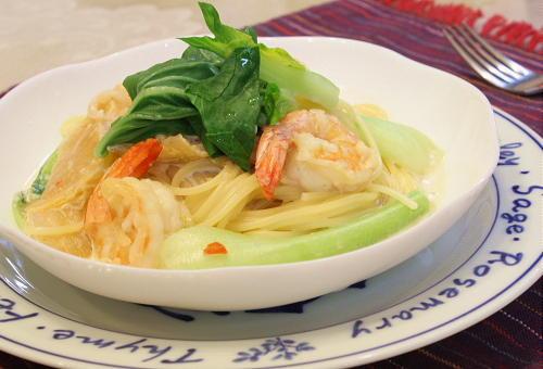 今日のキムチ料理レシピ:エビとキムチのスープパスタ