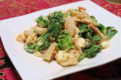 今日のキムチ料理レシピ:エビと菜の花とキムチのサラダ