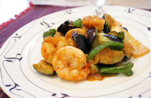 今日のキムチ料理レシピ:海老と茄子のキムチ炒め