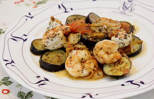 今日のキムチ料理レシピ:エビと茄子とキムチのトマト炒め