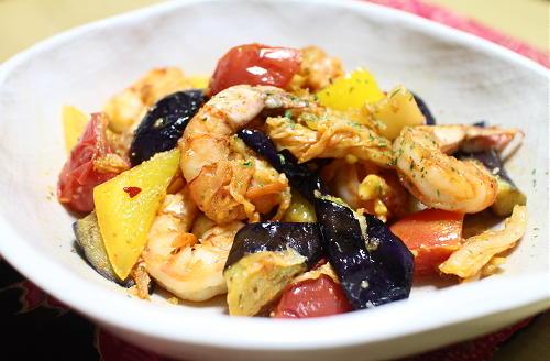今日のキムチレシピ:海老と夏野菜のキムチ炒め