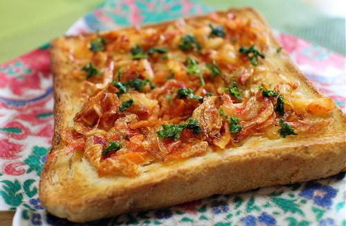 今日のキムチレシピ:干しエビとキムチのトースト