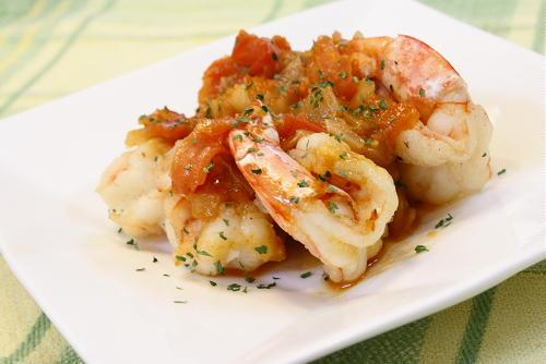 今日のキムチ料理レシピ:海老のトマトキムチソース