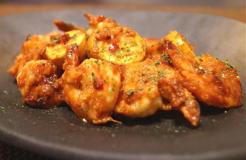 今日のキムチ料理レシピ:エビとズッキーニのピリ辛みそケチャップ炒め