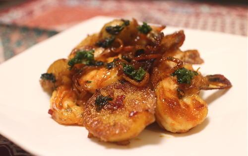 今日のキムチ料理レシピ:海老とジャガイモの甘辛炒め