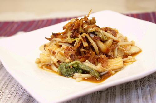 今日のキムチ料理レシピ:えのきの干しエビキムチ和え