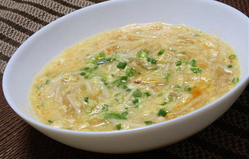 今日のキムチ料理レシピ:えのきとキムチの卵汁