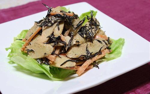 今日のキムチ料理レシピ:ごぼうのピリ辛キムチサラダ