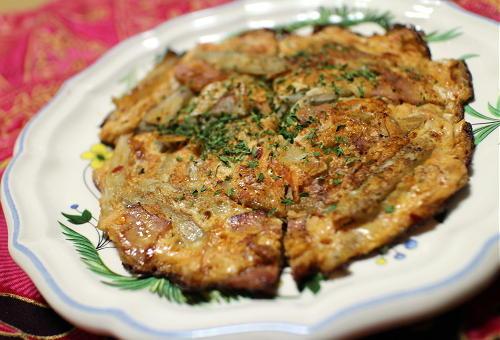 今日のキムチ料理レシピ:ゴボウとキムチのオムレツ